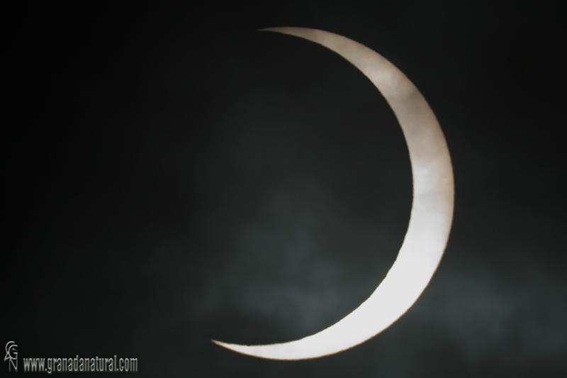 Eclipse anular (Parcial desde Granada)