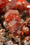 Cristales de Vanadinita