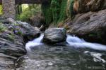 Rio Poqueira bajo el Puente de Abuchique ( Capileira). Paisajes de la Alpujarra