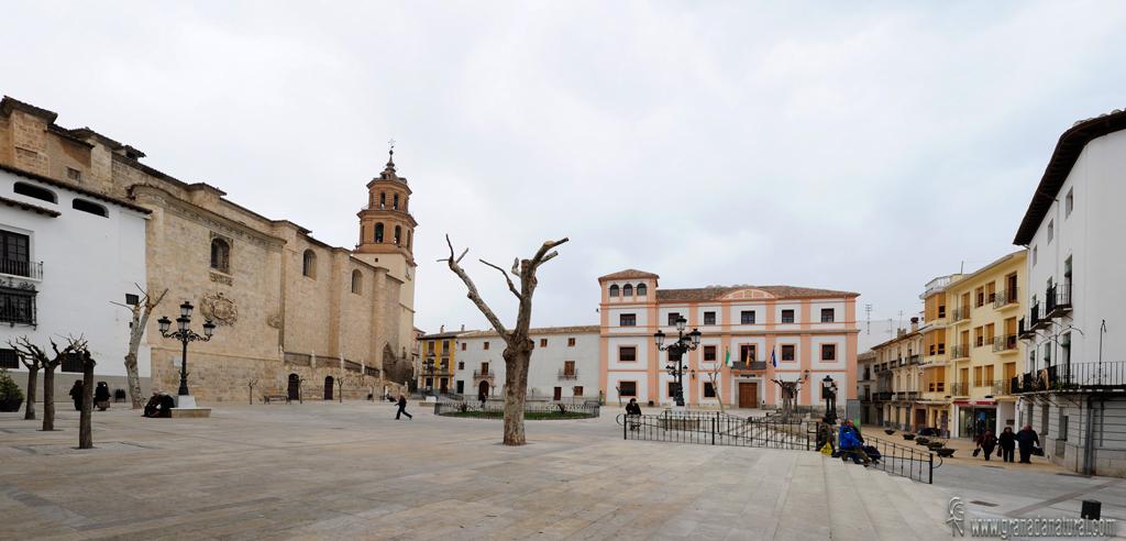 Granada natural plaza mayor de baza - Baza granada fotos ...