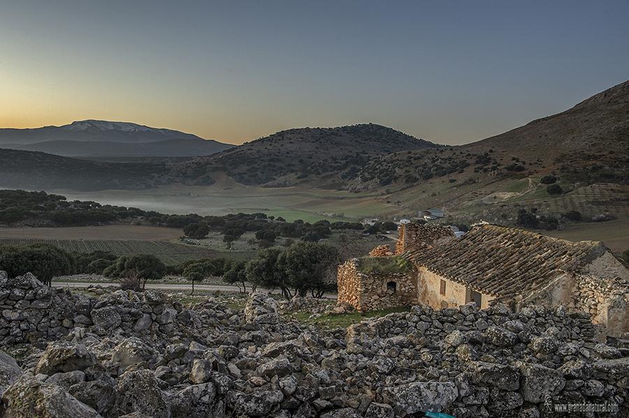 Cortijo Fogarate y Sierra Gorda. Paisajes de  Granada
