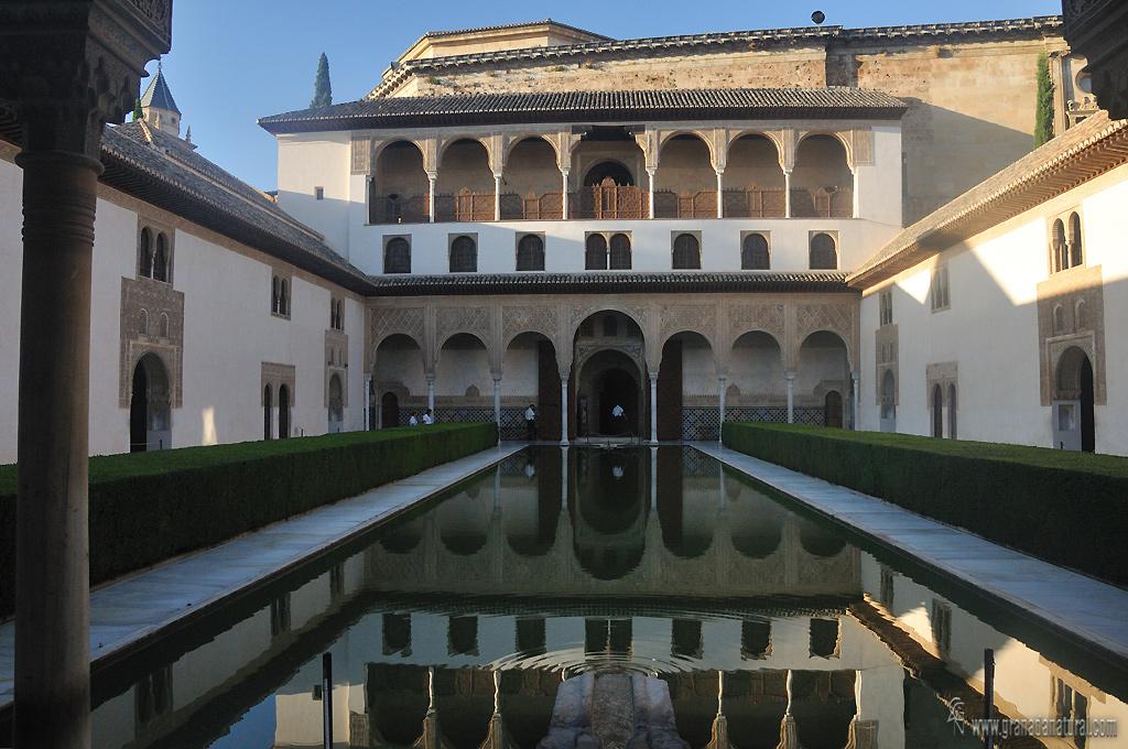 Patio de los Arayabes-Pabell�n Sur ( Alhambra de Granada)
