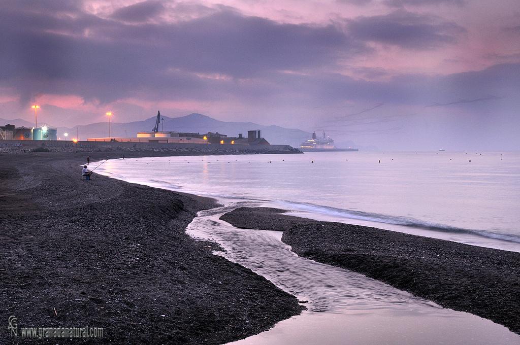 Puerto de Motril desde Playa de Poniente